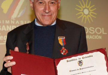 CONDECORACION P. CARLO ORDEN DE BOYACA